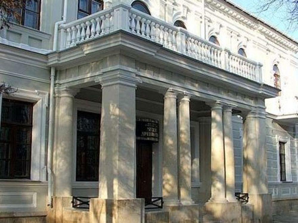 В Феодосии подготовлена фондовая выставка, посвященная 70-летию проведения Ялтинской конференции