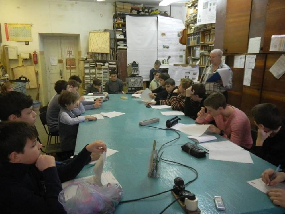 XXXIII городские соревнования по сборке и анализу радиосхем среди школьных команд