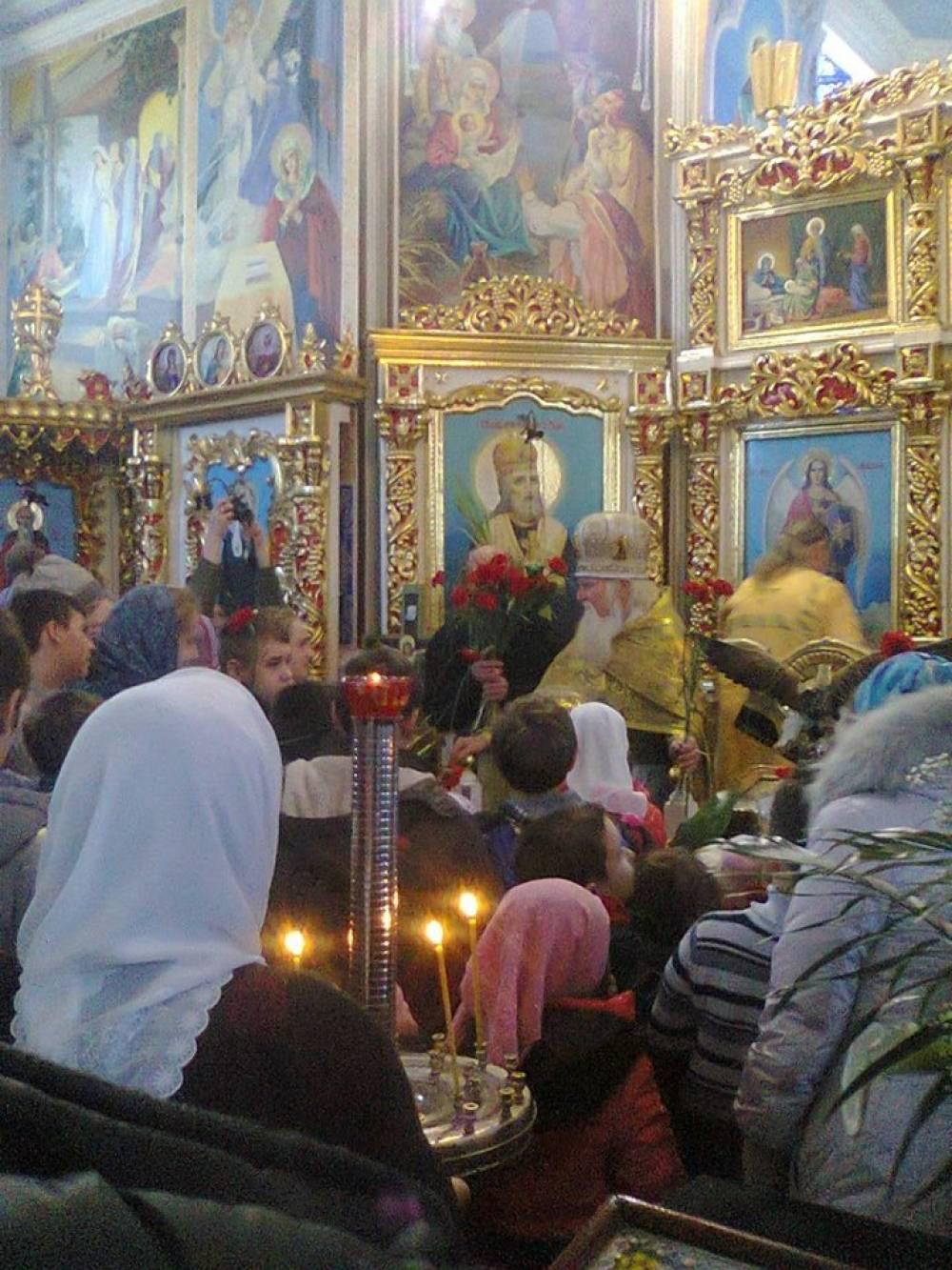 75 лет настоятелю Свято-Екатерининского храма протоиерею Алексию Свитанскому.