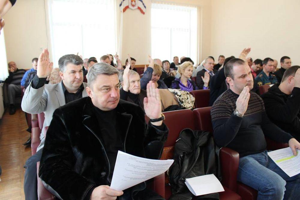 Депутаты Феодосии утвердили знак отличия «За доблесть и заслуги»