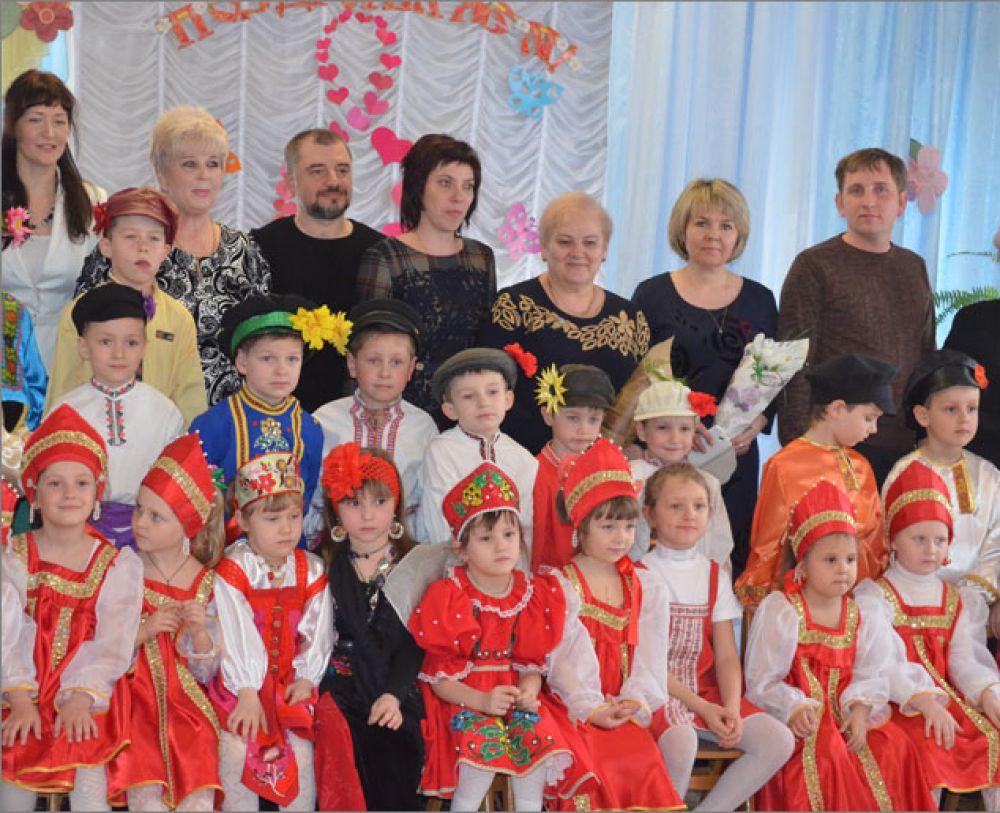 Макар Макаров и Надежда Алексеенко пообщались с коллективом и родителями воспитанников детсада № 36