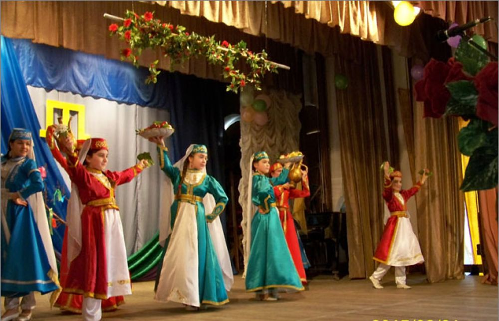 В Феодосии отметили крымскотатарский праздник Наврез