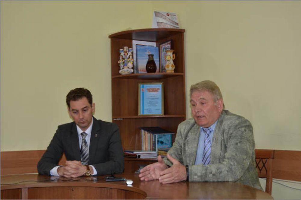 Феодосийский совет ветеранов начинает сбор подписей в поддержку решения о расчистке набережной от торговых точек