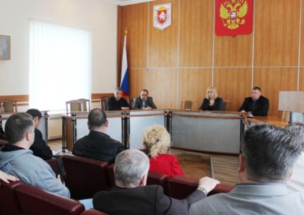 Депутаты встретились с перевозчиками