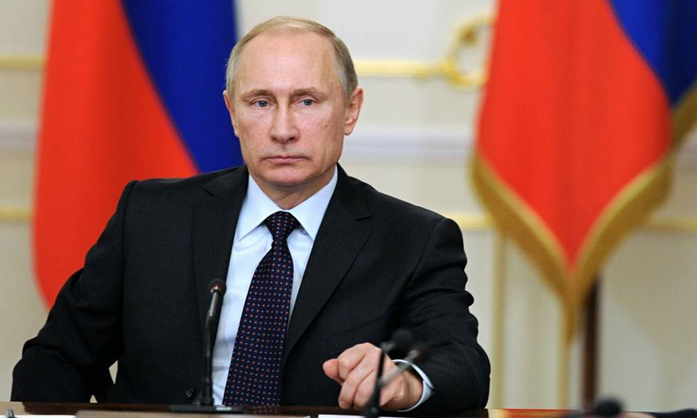Россия будет защищать Крым всеми средствами – Путин