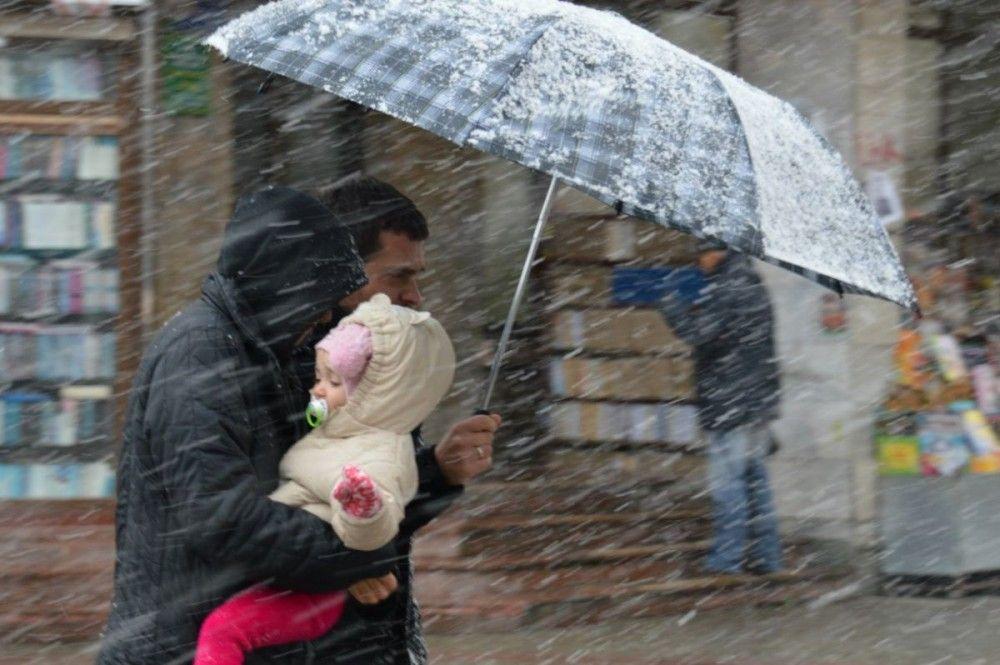 Балканский циклон принесет в Крым снег, дождь и ветер