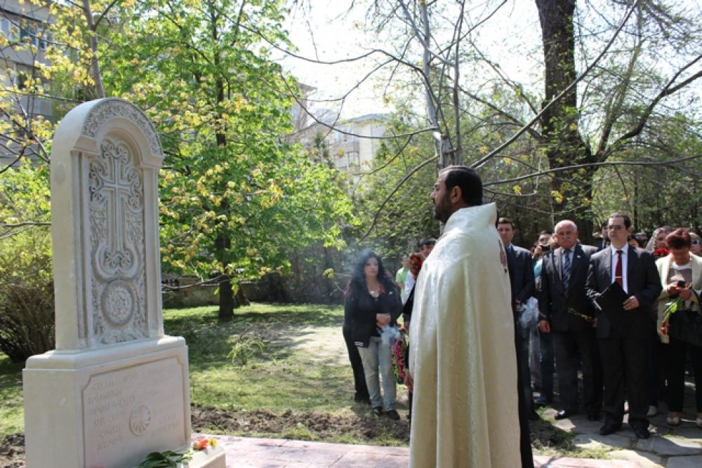 В Феодосии установили хачкар в память о жертвах геноцида