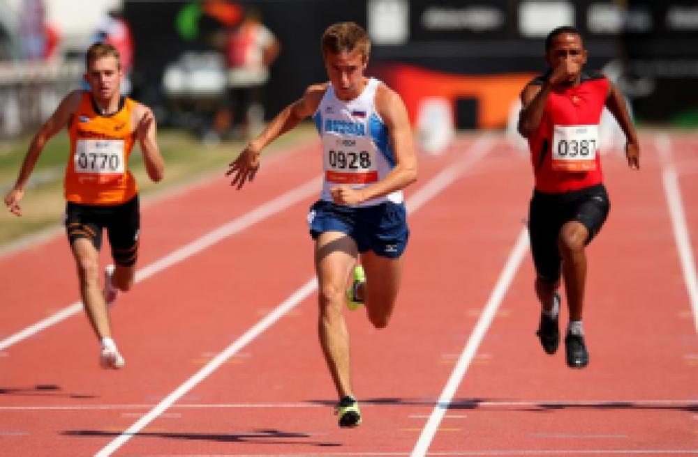 Феодосийские легкоатлеты взяли восемь призовых мест на Республиканском турнире