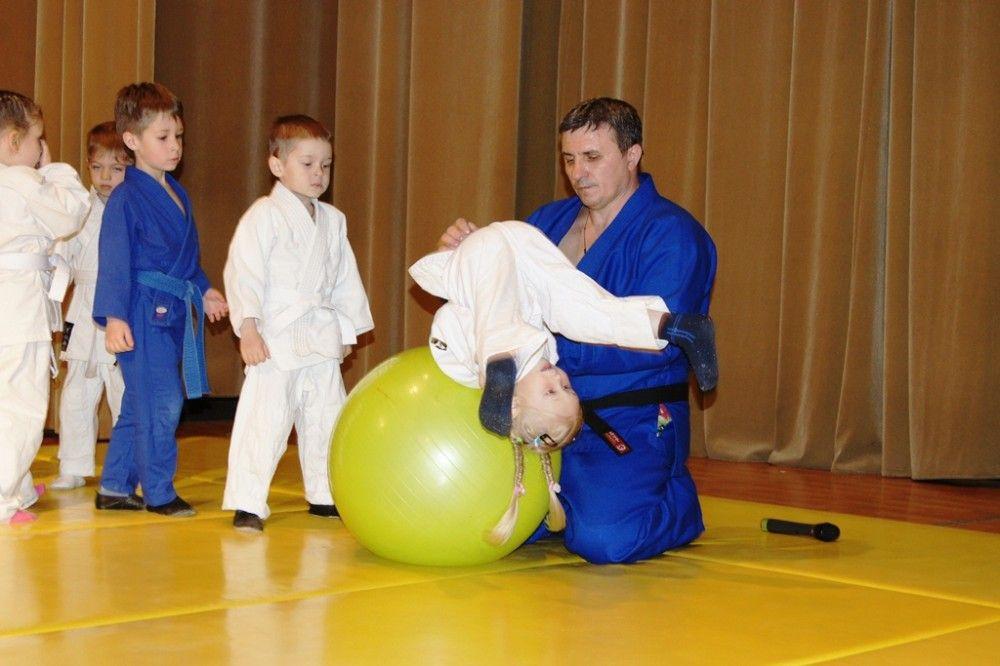 В Феодосии состоялась презентация программы детского инновационного дзюдо