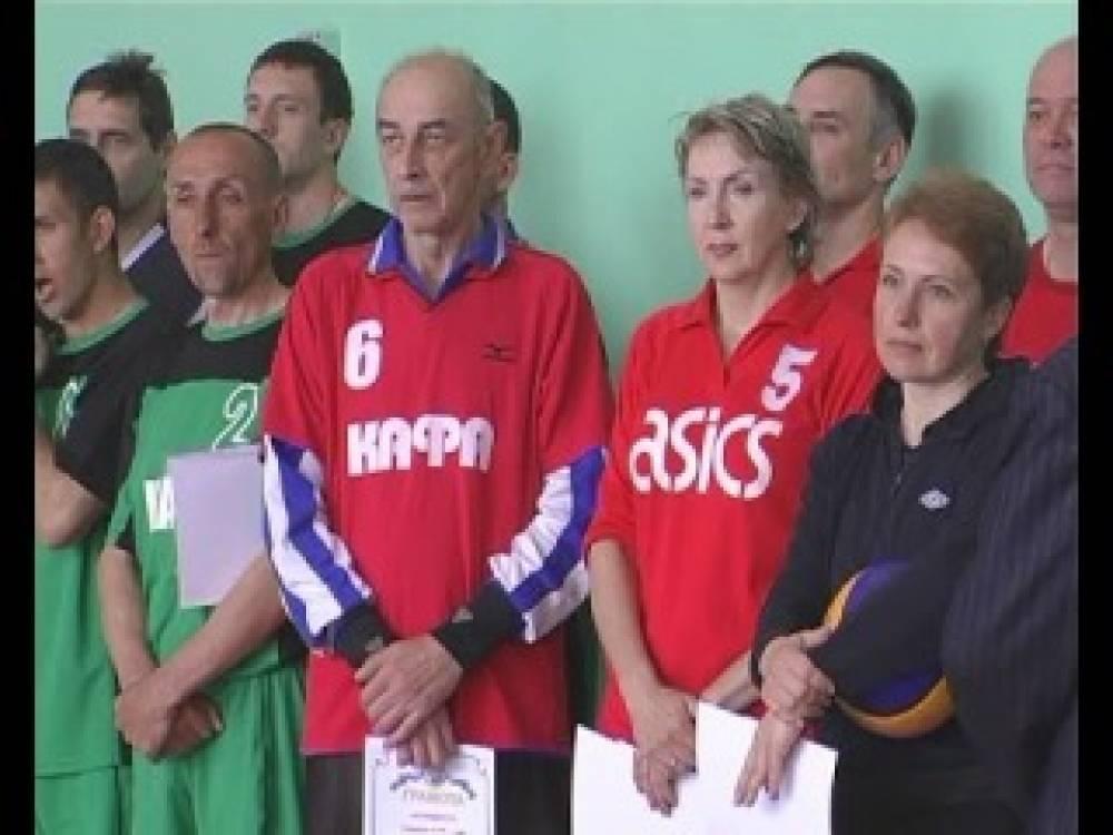 В Феодосии наградили лучших волейболистов Крыма