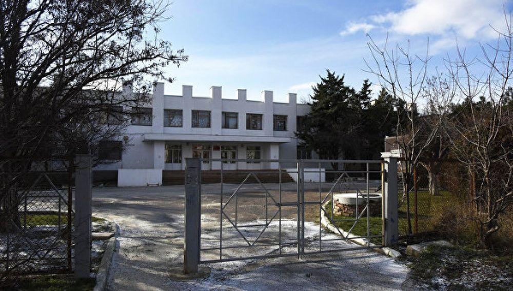 Феодосийские депутаты поддержали идею присвоения Коктебельской школе имени Ивана Березнюка