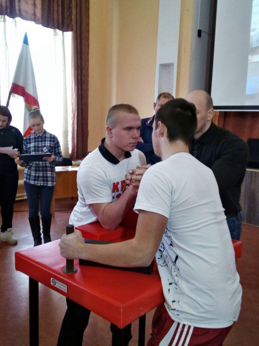 Студенты феодосийского филиала КГМТУ заняли призовые места в рамках городской спартакиады
