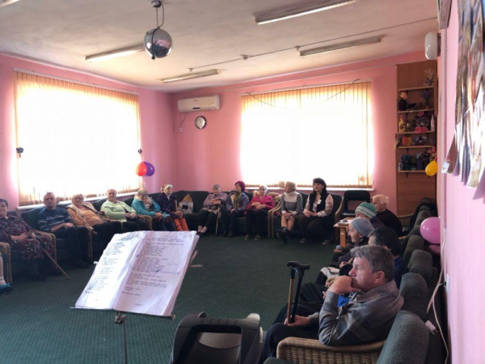 В Феодосии стартовала акция «Связь поколений»