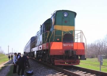 В Крыму столкнулись микроавтобус и поезд, пятеро погибли
