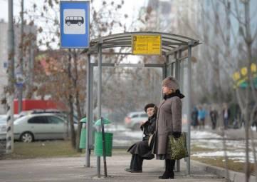 В Крыму выявили нарушения в обустройстве остановок общественного транспорта: нет ремонта и и доступной среды