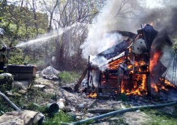 В Феодосии продолжаются пожары