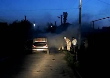 В Приморском горел автомобиль