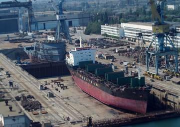 Загрузка оборонных предприятий в Крыму достигла 50% – Аксёнов