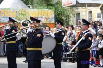 Военный парад в Феодосии