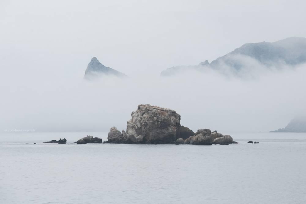 Бакланий остров и туман подножья Крепости