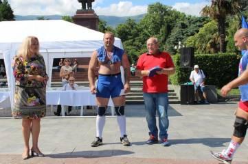 Феодосиец занял призовое место на чемпионате по силовому экстриму