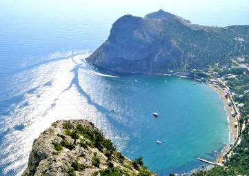 Крым с начала года принял более 660 тысяч туристов