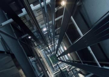 Еще в одной многоэтажке Симферополя сорвался лифт