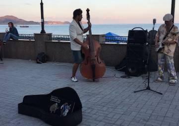 Минкурортов Крыма предложило властям курортных городов систематизировать выступления уличных музыкантов