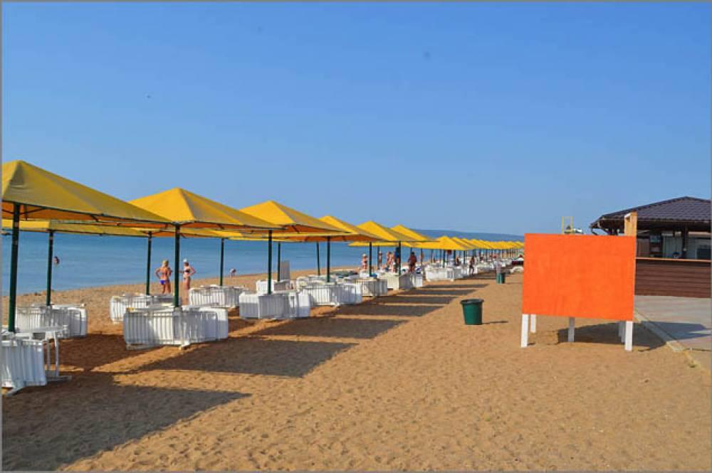 Глава администрации проверил пляжи округа