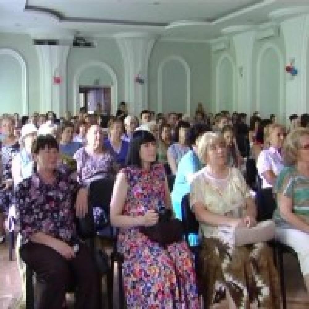 Юбилейный фестиваль Н.Обуховой собрал более полусотни исполнителей со всей России