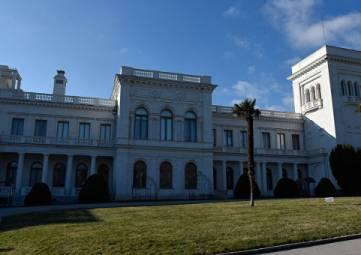 Родственница Романовых предложила убрать Сталина, Черчилля и Рузвельта из главного зала Ливадийского дворца