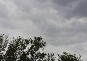 В Феодосии ожидается гроза и град