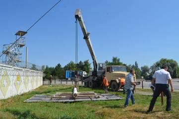 В Феодосии продолжаются работы по демонтажу объектов, незаконно размещенных на территории муниципального округа.