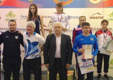 Спортсменка из Алушты выиграла бронзу первенства России по борьбе среди девушек