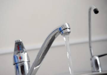 Счетчики на воду не установили около 14% жителей Крыма