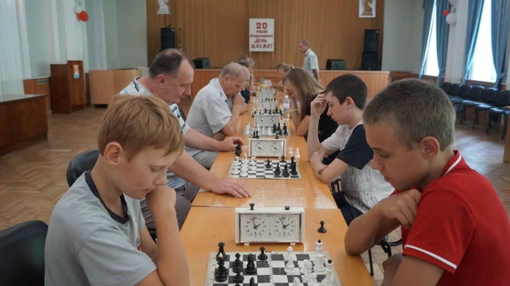 В Феодосии состоялся большой шахматный праздник
