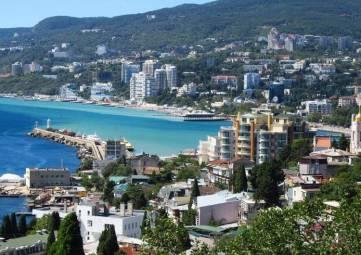 Больше 50% посетивших с начала года Крым туристов отдохнули на Южном берегу