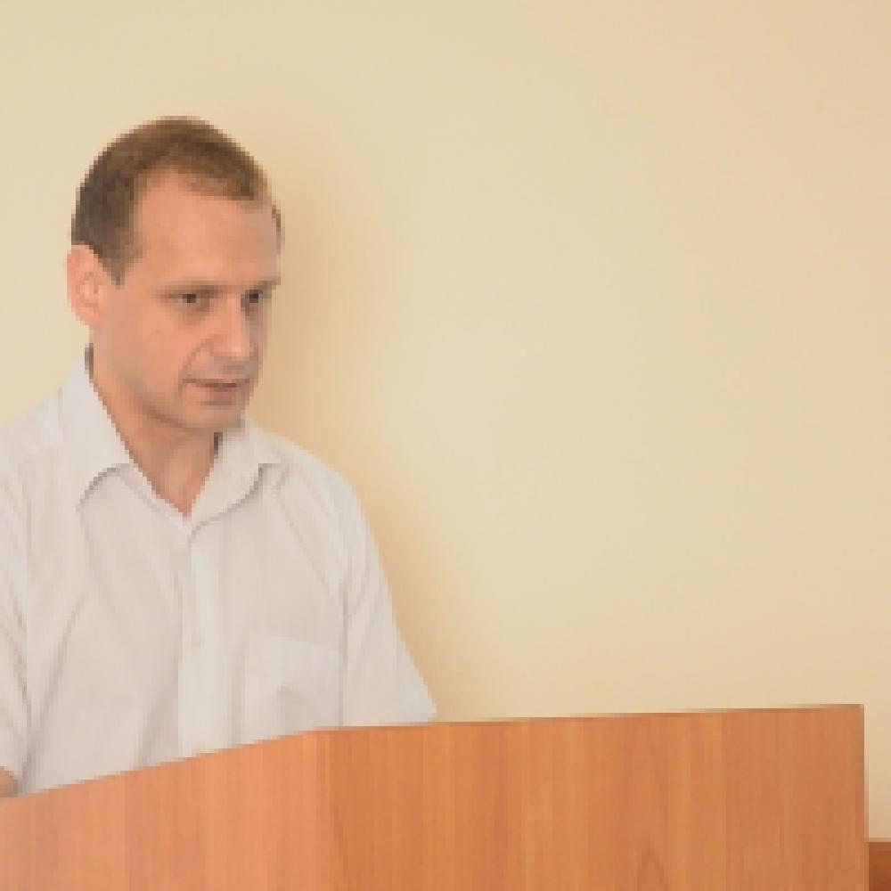 В Феодосийском отделе госкомрегистра объяснили причины очередей