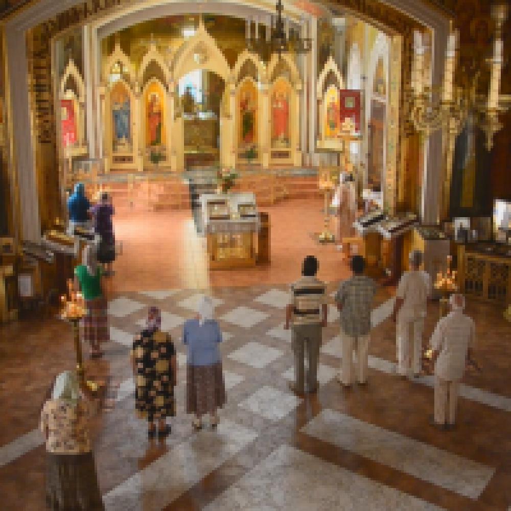 В Феодосии состоялось выступление православного мужского хора «Благо»