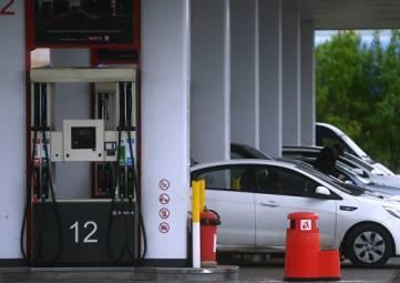 Бензиновый вопрос: Козак рассказал об