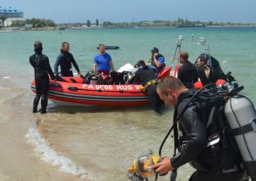Водолазы МЧС провели учения в Черном море