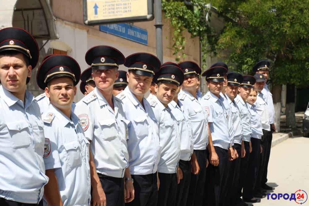 Феодосийские полицейские отметили памятную дату