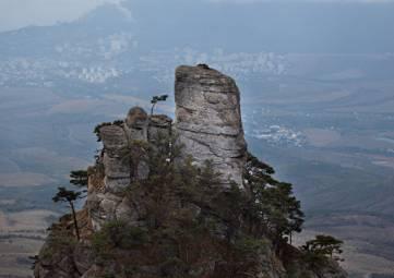 В горах Крыма туристка сломала ногу