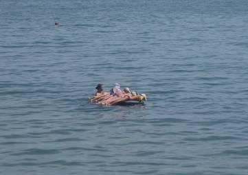 В Феодосии пляжная погода