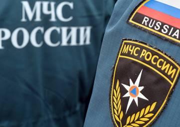 На трассе в Крыму перевернулся бензовоз