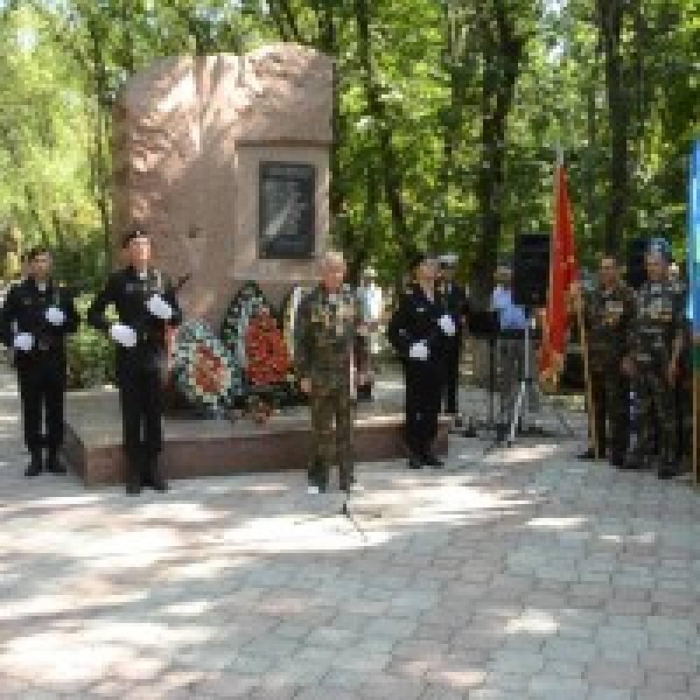 Феодосийские десантники отметили профессиональный праздник