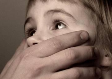 В курортном поселке Крыма гастарбайтер изнасиловал 4-летнюю девочку