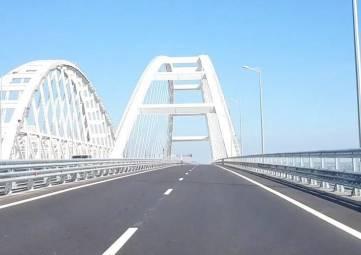 За месяц по Крымскому мосту проехали более полумиллиона автомобилей