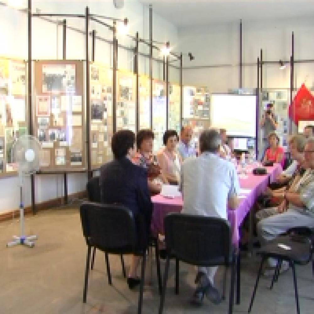 Сотрудники Питерского музея политической истории встретились с феодосийскими музейщиками