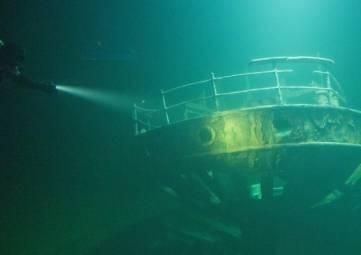 Исследователи обнаружили коллекцию картин на затонувшем в Черном море пароходе